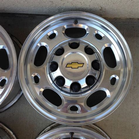 lug wheels chevy gm 4x4 oem silverado duramax 2500 diesel rim hd ltz 2040 parts ls lt motorcycle