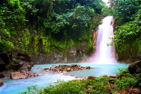 Travel to Costa Rica - Discover Costa Rica with Easyvoyage