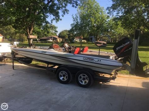 Bass Boats by Used Triton Bass Boats For Sale Page 2 Of 5 Boats