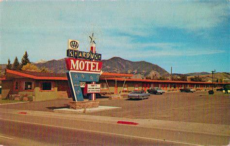 LILEKS (James) :: Motel Postcards