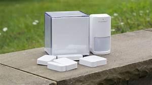 Smart Home Systeme Test 2016 : smart alarmanlage im test das ismartalarm preferred package techtest ~ Frokenaadalensverden.com Haus und Dekorationen