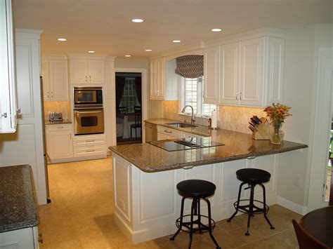 differences  modern traditional kitchens