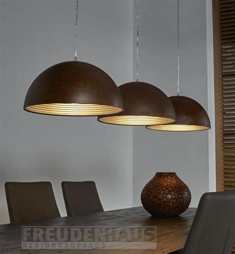 vintage charme mit modernem innenleben rusty iron lampe