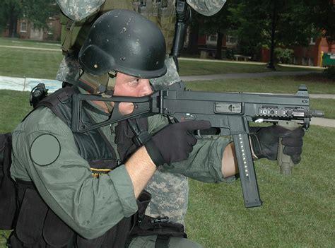 heckler koch ump  submachine gun  special operations flickr