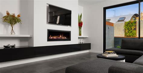 Glass Gas Fireplace, Gas Firebox & Gas Log Fires   Heatmaster