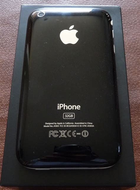 my iphone went black my iphone 3gs 32 gb black is on ebay go buy it when