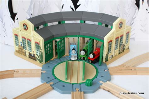 the tidmouth shed layout wooden roundhouses and engine sheds the play