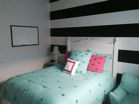 Bedroom Decorating Ideas For 11 Year Olds by Zebra And Pink 11 Year My Future House Small