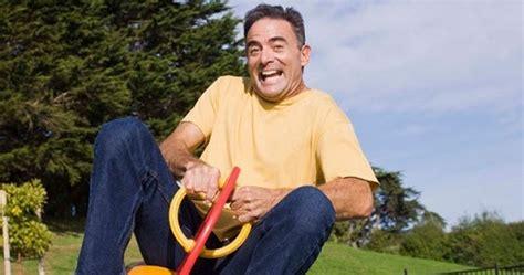 Masa beranjak dewasa (dewasa awal) emerging adulthood adalah sebuah istilah yang kini digunakan untuk merujuk masa transisi dari remaja menuju dewasa. Jurnal Tentang Perkembangan Masa Dewasa Awal - Pdf Guided ...