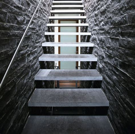 La Maison De L Escalier La Maison De Luescalier With La