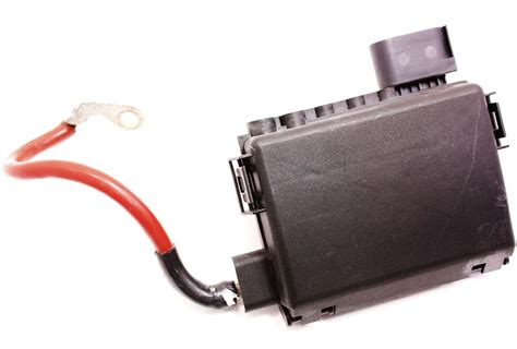 Fuse Box 2001 Volkswagen Beetle Battery by Battery Fuse Box Vw New Beetle Distribution Block