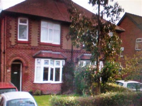 Harry's House London Rd/victoria Avenue, Holmes Chapel Cw4