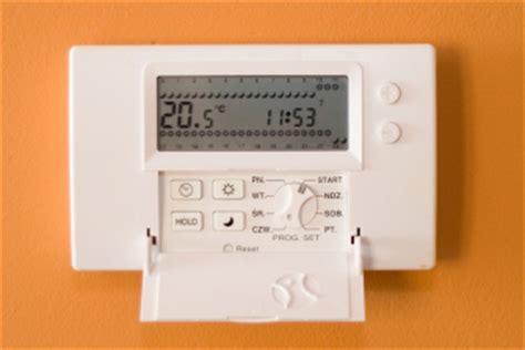 funk thermostat heizkörper funk heizk 246 rperthermostat f 252 r heizk 246 rper
