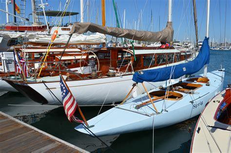 San Diego Fishing Boat Hit By Yacht by Kettenburg Classic Yacht Regatta Sails Into San Diego