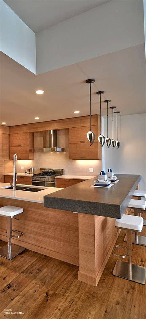 Contemporary Kitchen  Contrasting Colour And Raised Bench