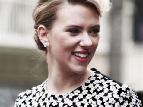 Palestinian Rights Groups Scarlett Johansson At Women's ...
