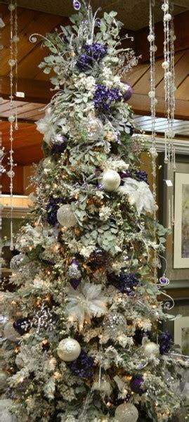 christmas choose  colour palette emerald interiors