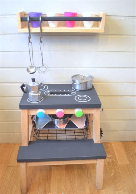 customiser sa cuisine utiliser meuble cuisine pour salle de bain ides pour