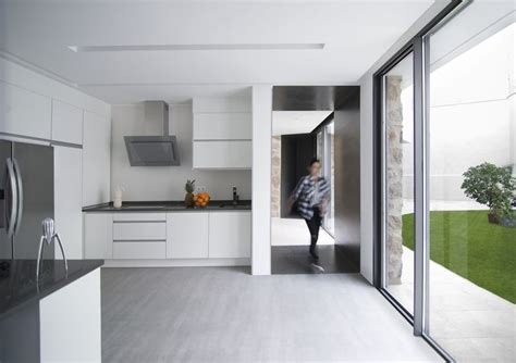 baie de cuisine rénovation d une maison en en une résidence