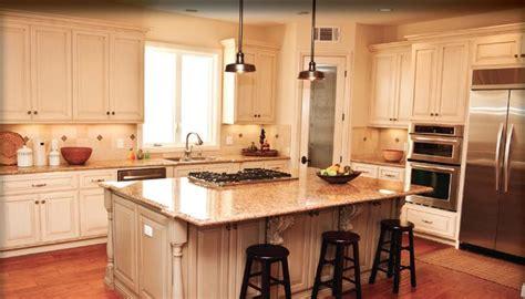 kitchen  sit  island  cook top  youd