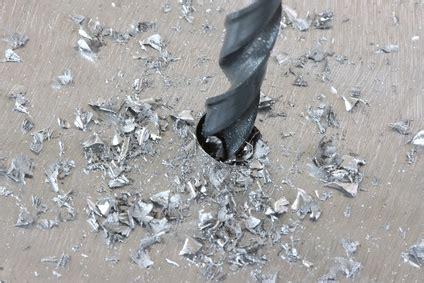 bohren metall kunststoff metall bohren so setzen sie eine bohrung f 252 r blindnieten