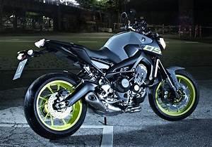 Fiche Technique Mt 09 Tracer : yamaha mt 09 850 2016 fiche moto motoplanete ~ Medecine-chirurgie-esthetiques.com Avis de Voitures
