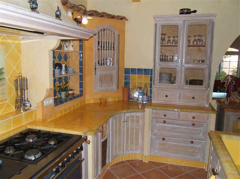 cuisine style provencale cuisine provençale style cagnard décoration