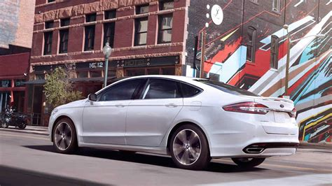 2019 Ford Mondeo Hybrid  Car Photos Catalog 2018