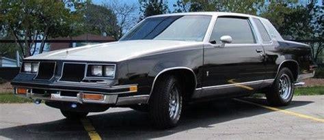 Purchase Used 1986 Oldsmobile Cutlass Salon Base Coupe 2
