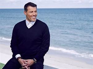 Tony Robbins explains his top productivity trick ...