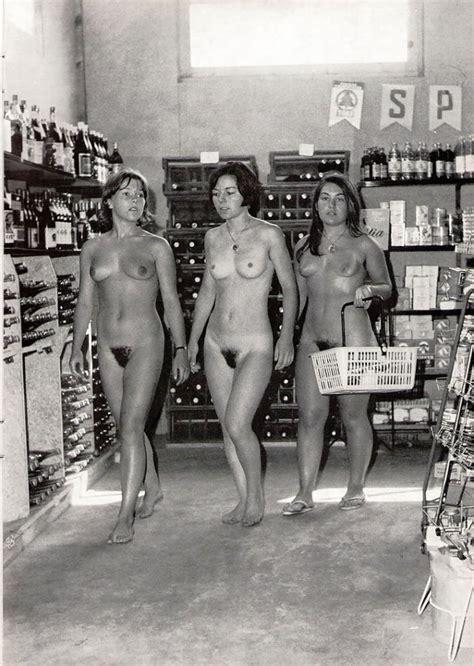theSandfly Retro Public Nude Fun!, Photo album by Thesandfly - XVIDEOS.COM
