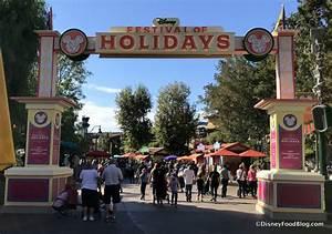 Disneyland Festival of Holidays at Disney California ...