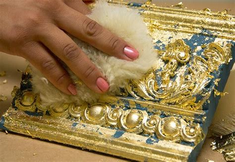 Holz Gold Lackieren by Best 25 Gold Leaf Furniture Ideas On Gold