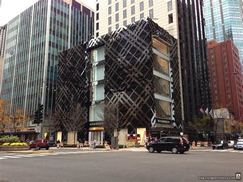 Store Chicago by Pictures Inside Chicago S Flagship Burberry Store