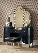 Vanity Set by Hollywood Swank 3 Piece Vanity Set In Black Traditional Makeup Mirrors