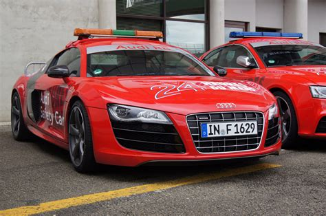 2011 Audi R8 Safety Car Review