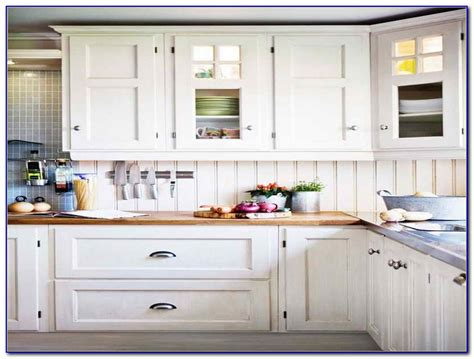 kitchen cabinet hardware ideas kitchen cabinet hardware ideas pulls or knobs