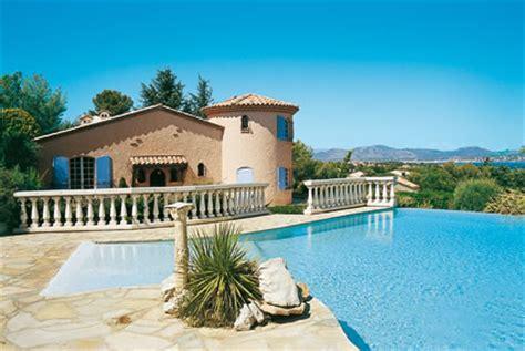 ferienhaus italien kaufen hochwertige baustoffe ferienhauser frankreich am meer mit pool