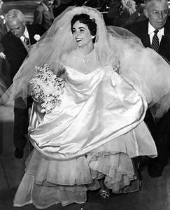 elizabeth taylor39s first wedding dress to be sold at auction With elizabeth taylor wedding dresses