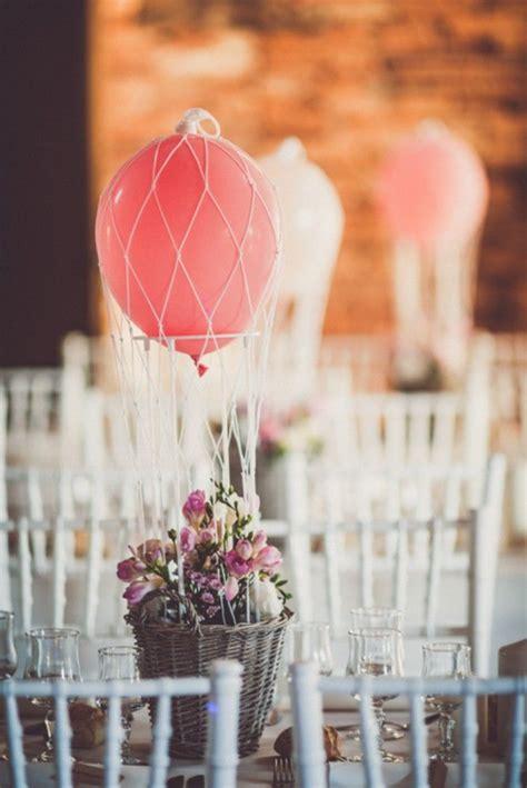 decoration chaise mariage un mariage au milieu des vignes sur le thème du voyage
