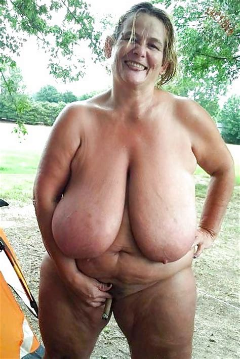 Nude Granny Mature Porn Pics