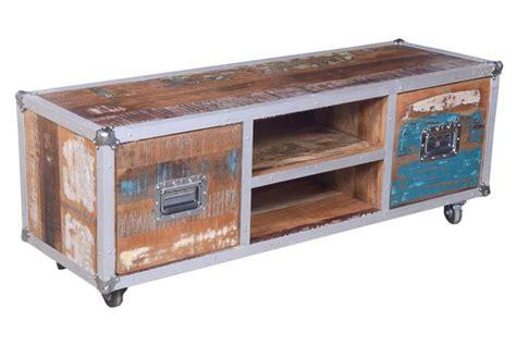 meuble tv à roulettes meuble tv sur roulettes platine design pas cher sur sofactory