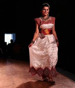 Robe Algérienne 2016 : robe kabyle gargari moderne 2017 ~ Maxctalentgroup.com Avis de Voitures