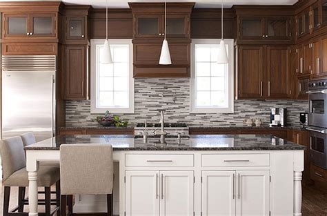 two toned kitchen cabinets 2 tone cabinets contemporary kitchen elissa grayer 6438