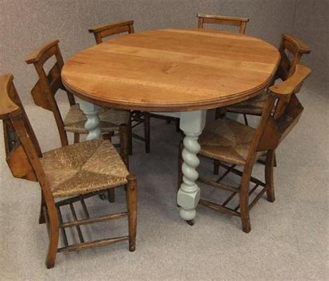 oak extending kitchen table 6 chapel chairs