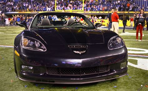 Super Bowl Xlvi Mvp Eli Manning Wins 2012 Chevrolet Corvette