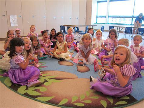canton mi preschool canton kindercare profile canton michi 204   Princess%20Snack%20Time