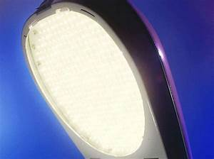 Barcelona Introduces LED Streetlights That Cut Energy ...