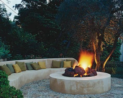 backyard fire pits  fireplaces garden design
