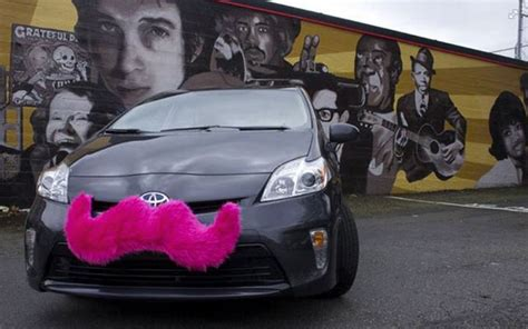 Lyft Ridesharing Service To Launch In Baltimore On Oct. 17